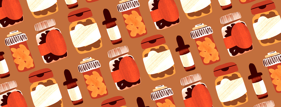 A pattern of supplement bottles in diagonal rows across the screen.